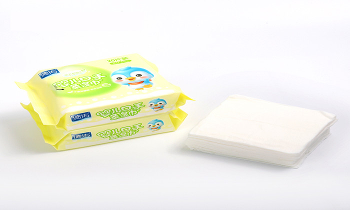 mini baby wipes