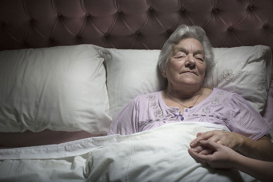 Elderly can use the adults nappy pants at night