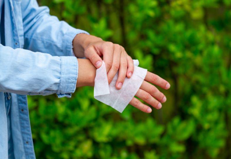 medical sanitizing wipes